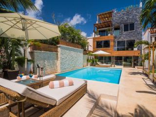 El Patron, Cancún
