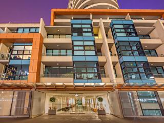 Melbourne Holiday Apartments Flinders Wharf 2Bed