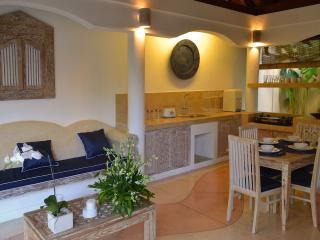 Garden 2 Bedroom Villa Best Value, Seminyak