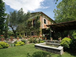 Rose Rosse, Larciano