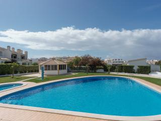 Merlin Green Apartment, Vilamoura, Algarve