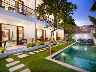 ECHOBEACH APARTMENTS, brand new 1 BR apartments, Canggu