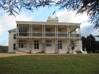 Heritage Listed Accommodation - Tower King, Claremont