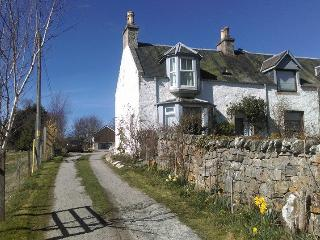 Craggan Cottage, peaceful location, Grantown
