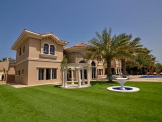 Signature Villa on The Palm, Dubai, 7 Bedrooms, Dubái