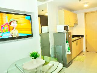 Cozy 1 Br. Resort Condo in QC, Quezon City