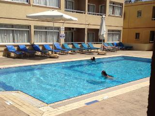 NICK'S HOTEL APARTMENTS, Ayia Napa