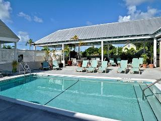 Duval Square Courtyard Condo is just steps from the action, Key West