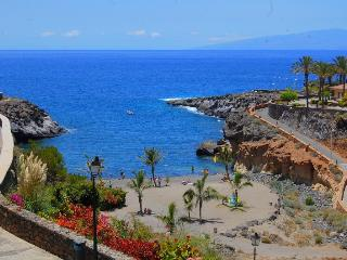 Beachfront apartment in complex Mirador Paraiso, PP/23