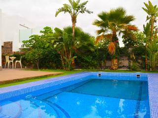 Luxury Villa In Del Duque Area, Playa de Fanabe