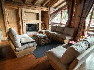 Chalet Geneviève at Le Miroir - 15 people, 8 rooms, Sainte-Foy-Tarentaise