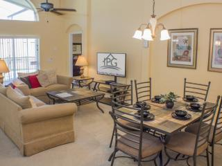 SUPER 4 Bed/3 Bath Villa,With Pool,Spa and Games Room on Gated Community.