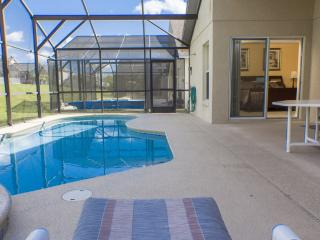 Executive 4 Bed Villa With Pool & Spa Near Disney!