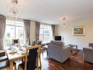 98. 2BR MARYLEBONE-STEPS TO OXFORD STREET, REGENTS, Londres