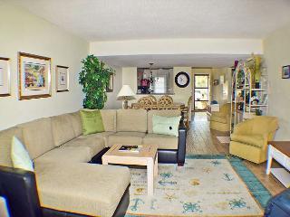 Courtside 43 - Forest Beach 1st Floor Flat, Hilton Head