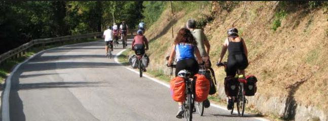 Recreational bikers near the coast. See also ActiefinLigurie for more information.