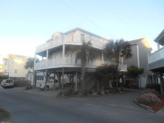 5 BEDROOM BEACH HOUSE IN OCEANFRONT RESORT, Myrtle Beach