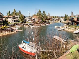 Tahoe Keys Condo with Boat Dock, Water & Mountain View, South Lake Tahoe