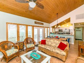 Ocean-View 4BR Lost Colony Home - Walk to the Beach, Port Aransas
