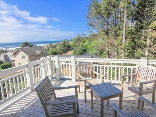 Brand new custom beach home with great ocean views and easy beach access, Lincoln City