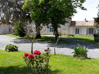 Domaine de la Gironie: charme ,quiétude. 4 étoiles, Pomport