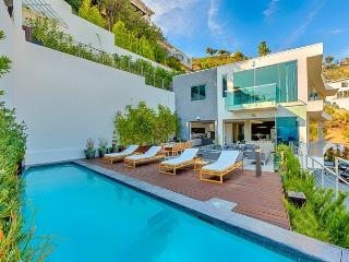 Bella Vista - CA, West Hollywood