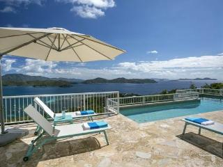 Island Girl:Breathtaking Sunrise Views! Crosswind Breezes! Full AC!, Coral Bay