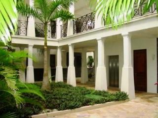 Sol y Mar 4B - Beautiful 3 Bedroom/3 Bath Condo, Playa Hermosa