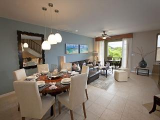 Elegant Three Story Pacifico Townhouse # 202, Playas del Coco
