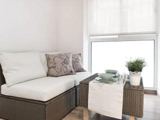 New Apt in the heart of Malaga Center GROUND FLOOR