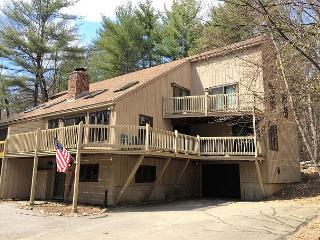 4BR in Cranmore Birches w/ Cable, Wifi and just 10 min to Storyland!, North Conway