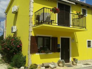 Apartment Josipa 4+2,, Premantura