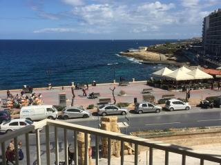 Sliema 2 Bedroom seafront apartment