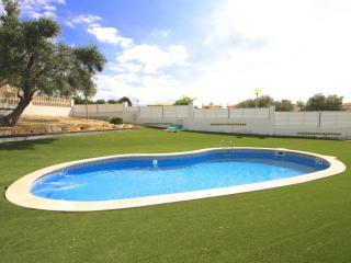 C37 NELA adosado jardín privado barbacoa y piscina, L'Hospitalet de l'Infant