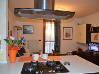 PRIVATE ROOM VERY NICE, Polpenazze del Garda