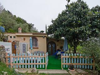 il rustichino vista mare,camera,camerina,bagno ,cucina.....luogo incantevole,, Camaiore