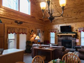 COZY CABIN + DISCOUNTS TO DOLLYWOOD&DIXIE STAMPEDE