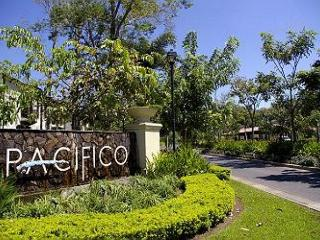 Pacifico L1103 - 1 Bedroom, 1st floor, Playas del Coco