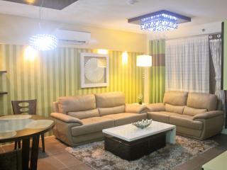 Brandnew luxury 2-BR condo seaside next to SM Mall