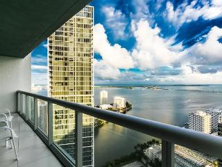 1 BED + Den Luxury Suit at Viceroy Hotel, Miami