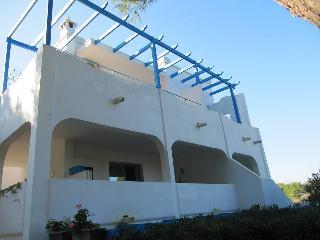 Villa Flora Studios & Apartments, Torre dell'Orso