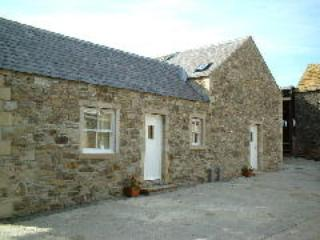 Hamsteels Hall Holiday Cottages - Hen House