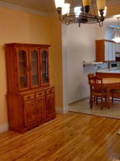 Refurnished Apartment in Quiet neighborhood!, Montreal