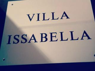 Villa Issabella, Elviria