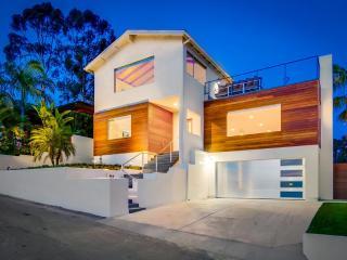 NEW Modern 3br 2-Story Retreat, Panoramic VIEWS, San Diego