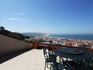 Three-bedroom apartament with excelent sea views, Nazaré