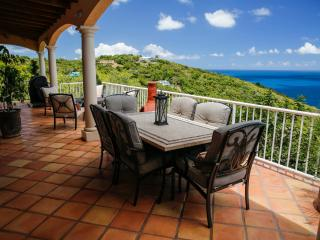 Sugar Bird Cove - Beachfront/Magens Bay view villa