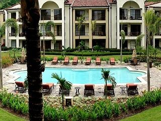 Pacifico L1308 - Luxury One Bedroom Pacifico Condo, Playas del Coco