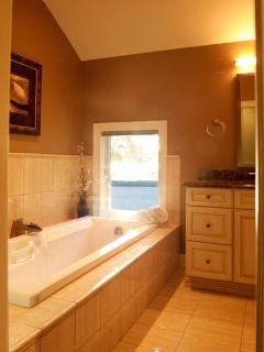Partial view of master bath jacuzzi jetted tub