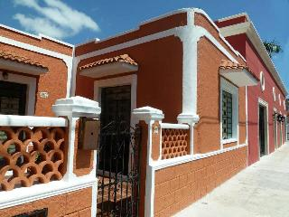 'CASA LUNA' BEAUTY IN SANTA ANA, Mérida